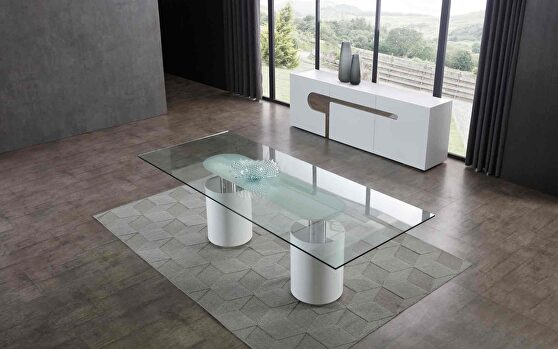 Mandarin dining table, clear tempered glass top