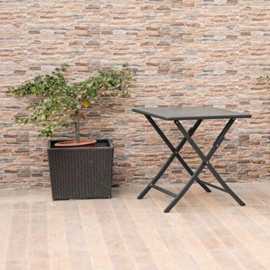 Indoor/outdoor steel side table