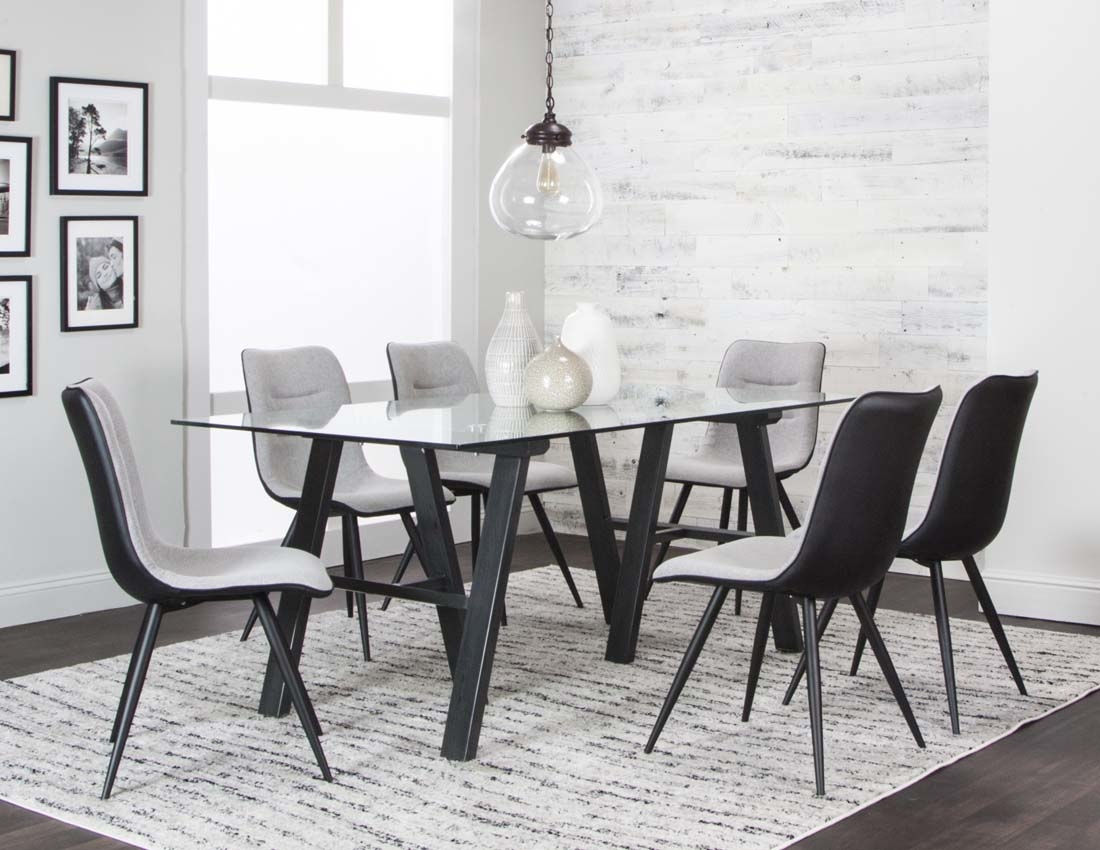 Tripoli Table 4 Chairs